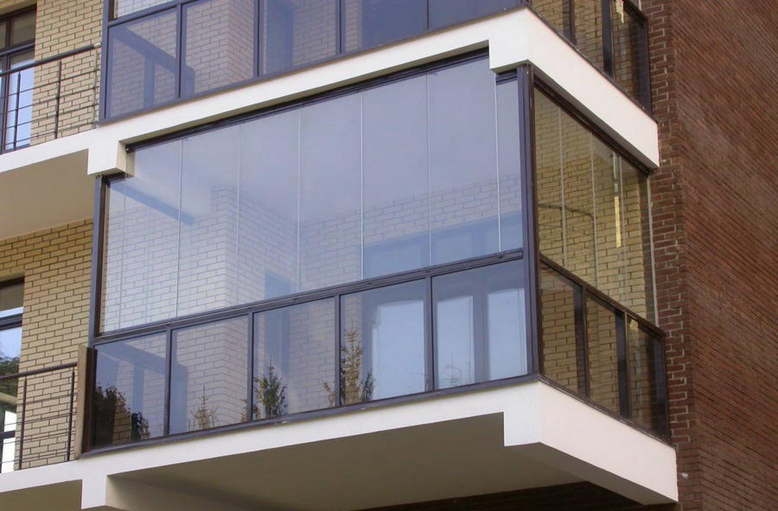 Французское остекление балкона, плюсы и минусы французского .